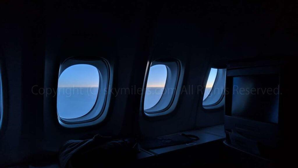 ボーイング747-800 2階席