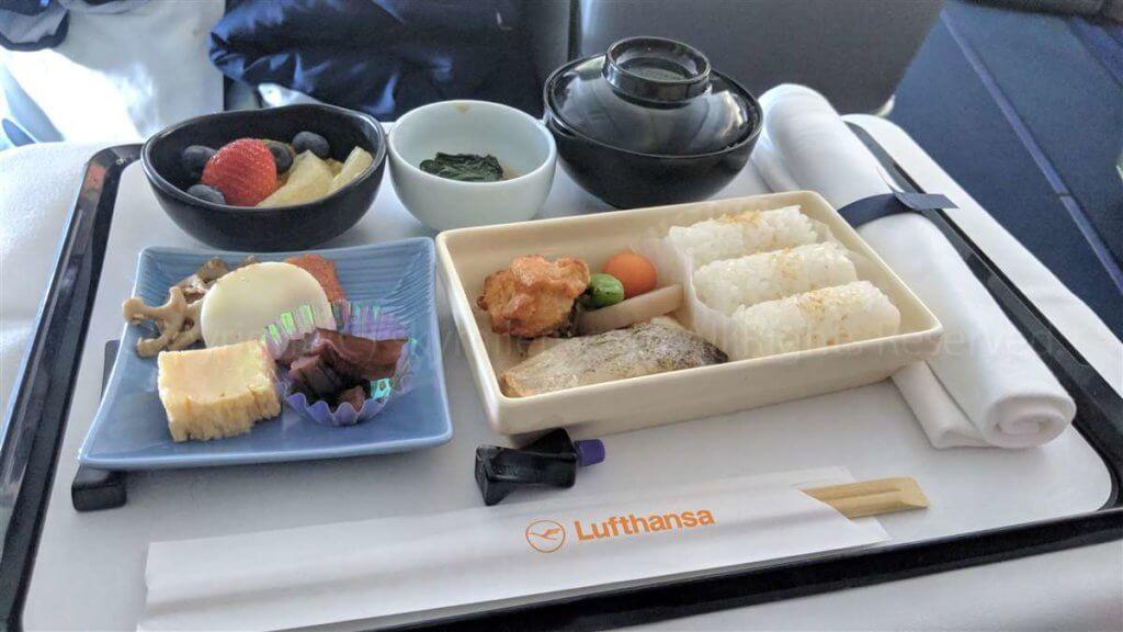 ルフトハンザ ビジネスクラス和朝食